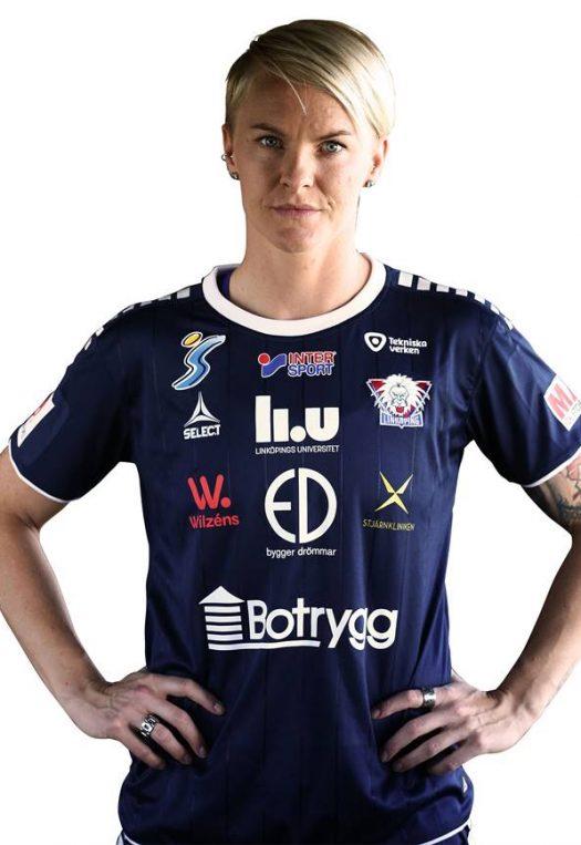 Nilla Fischer, back